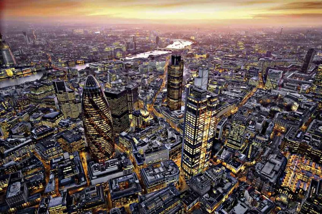Giant art Giant art f640 london aerial view fra efarvehandel.dk
